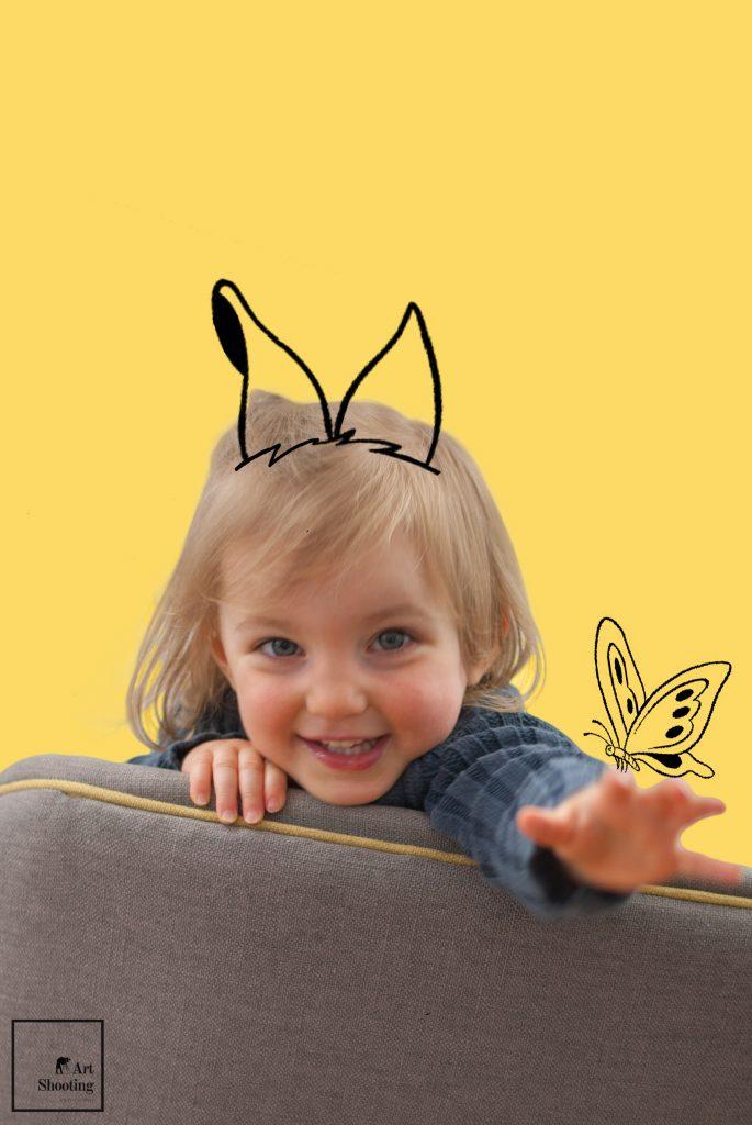 Petite fille papillon